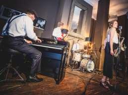 Band | Hannover |Livemusik |Liveband |Musiker |Partyband |Swingband |Team |Jazzband |Soul |Motown |Swing | Trio | Quartett |Dinner |Empfang |Hochzeit |Messe |Firmenfeier |Messeparty |Gala | Charity | Buchen |Mieten |Anfragen