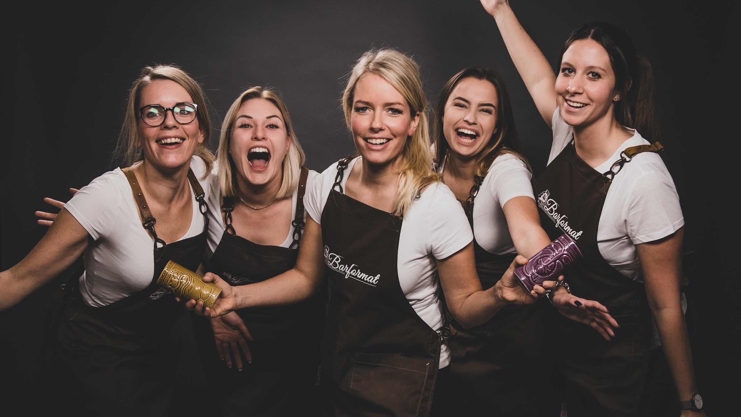 Modern | Jukes |Partner | Barformat |Mobile |Bar |Hannover |Weinbar | Ginbar | Tasting | Foodtruck | Cocktailservice | Hannover | Ginbar | Weinbar | Kaffee | Bulli | Bar | Barkeeper | Mieten | Buchen