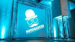 Modern   Jukes   Partner   Fotoglotze   Fotobox   Photobooth   Fotoautomat   Hannover   Mieten   Buchen   Anfragen